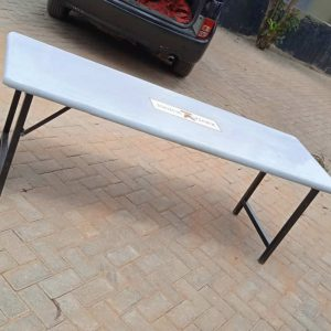 Dining table for students
